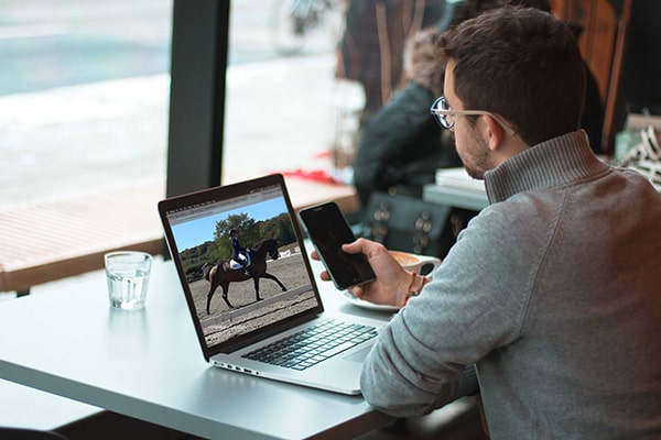 Rider filmed by PIXEM App for live lesson